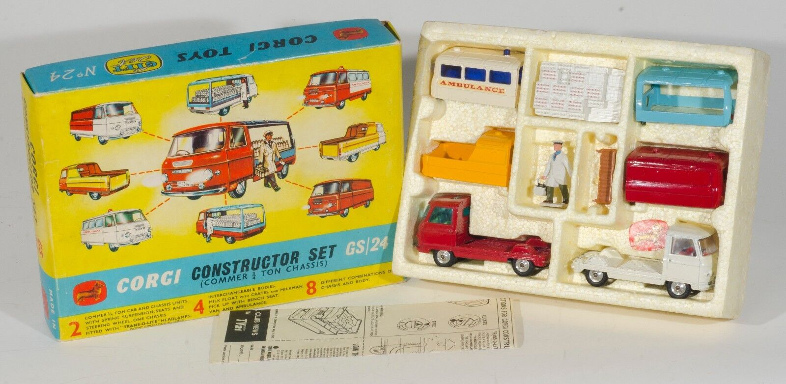 Corgi Gift Set 24 Construction Set (Commer 3 4 Ton Chassis). Boxed. 1960's