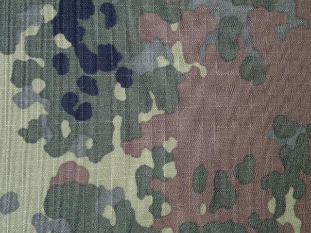 Flecktarn      German Army RIPSTOP    green camouflage cotton blend fabric 10 m