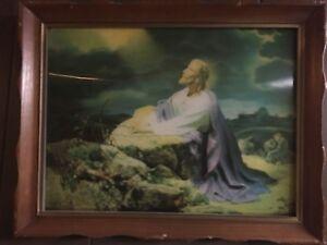 vintage religious jesus picture praying   garden