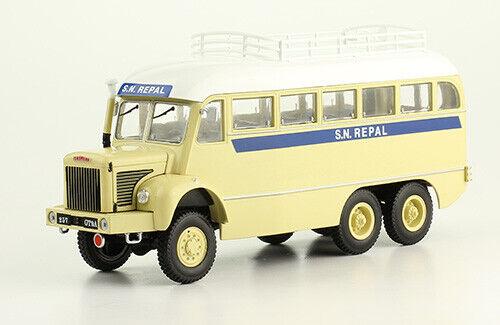 CAMION BERLIET GBC GAZELLE Bus 6x6 1 43 New in Box Diecast Model