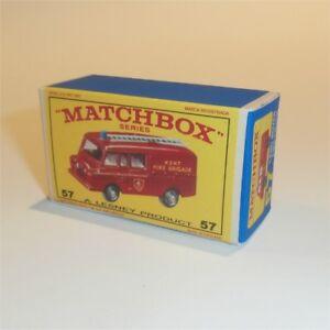 Matchbox-Lesney-57-c-Land-Rover-Fire-Truck-empty-Repro-E-style-Box