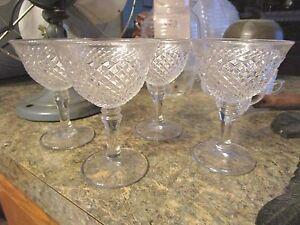 Set-of-4-Crystal-Glass-Diamond-Criss-Cross-Pattern-Wine-Glasses-4-25-034-tall-LUD