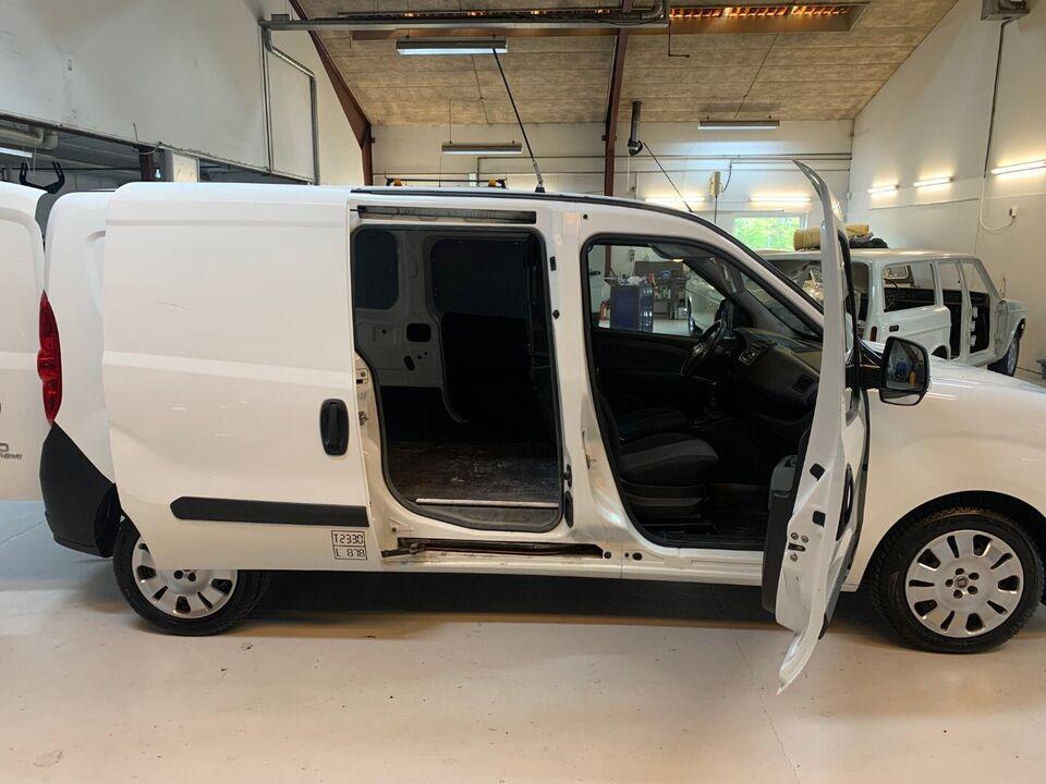 Fiat Doblò Cargo 1,3 MJT Basic L2 Diesel modelår 2015 Hvid km