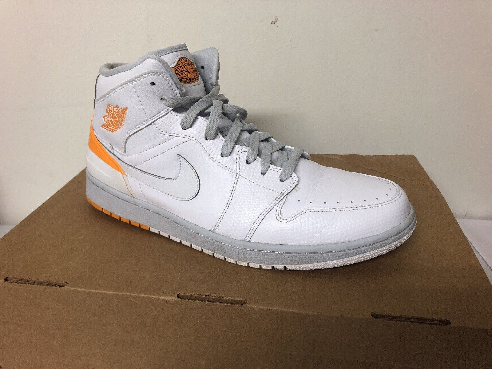 Nike Air Jordan 1 Retro '86, White Mens Size 11.5