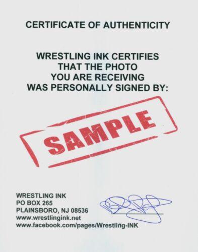 LITA WWE DIVA SIGNED AUTOGRAPH 8X10 PROMO PHOTO W// PROOF