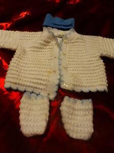 pour-poupon-poupee-bebe-3mois-lot-3pieces-tricotees