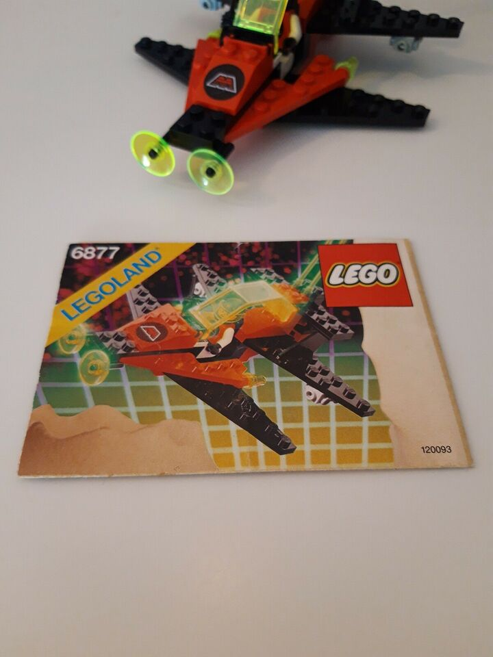 Lego Space, 6877