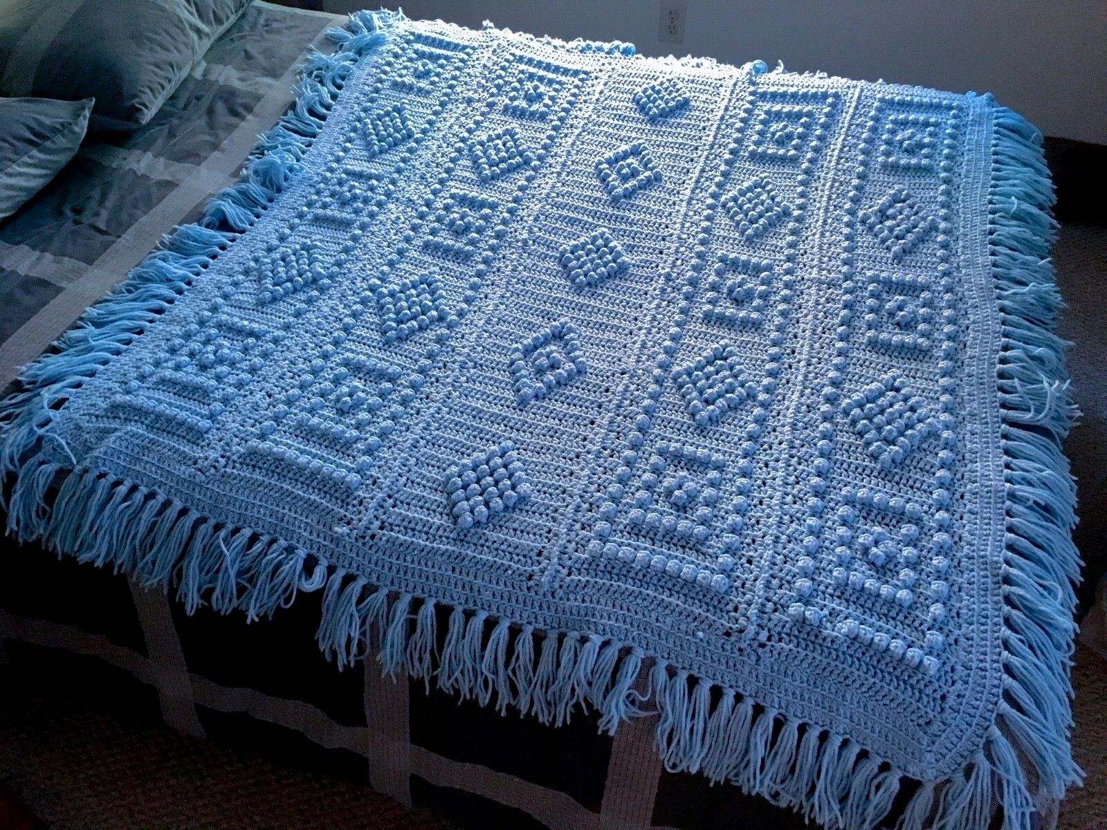 VTG Hand Crocheted Hobnail Stitch Sky bluee Afghan Baby Nursery Blanket Throw