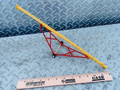 1//64 ertl farm toy 80/' standi toys red yellow grain auger plastic westfield