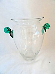 Large-Contemporary-Crystal-Art-Glass-Vase-with-applied-Green-Swirled-Handles