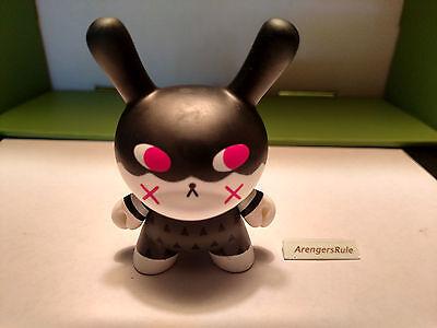 Designer Toy Awards Mini Series 1 Dunny Kidrobot Illuminati Andrea Kang 1//24