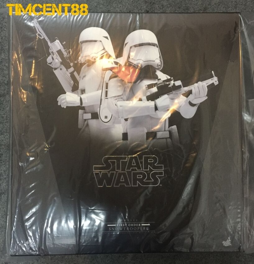 Hot Toys MMS323 Star Wars First Order Snowtrooper Officer Snowtroopers Set