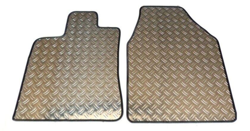 Gummifußmatten für Fiat Punto EVO 2009-2011 Schrägheck Hatchback 3-türer 4tlg