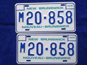 NEW-BRUNSWICK-LICENSE-PLATE-1987-M20-858-SET-PAIR-VINTAGE-CANADA-SHOP-SIGN-LOT