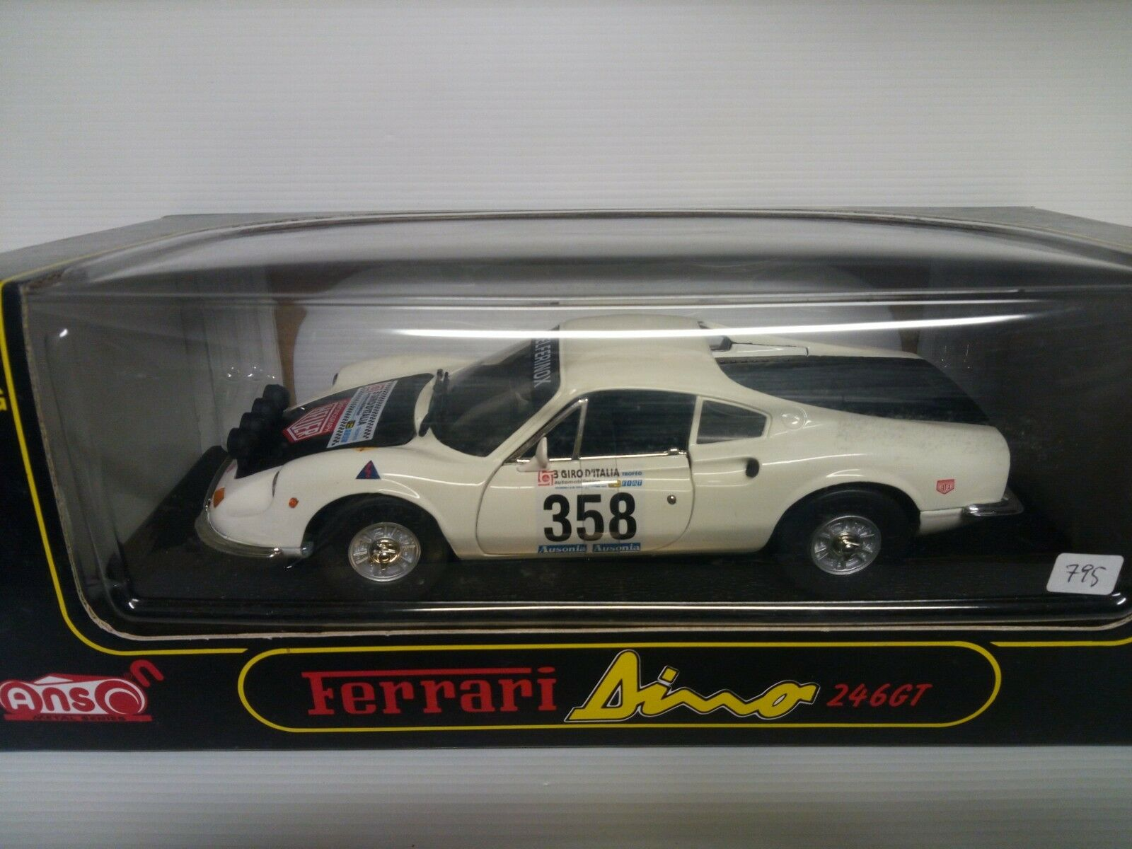 ANSON 1 18 FERRARI DINO 246 GT  358 GIRO D'ITALIA BOX