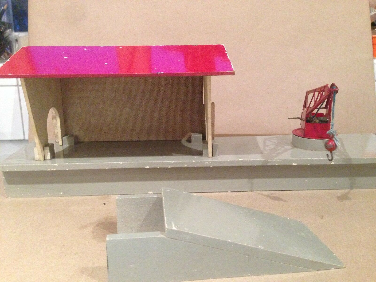 Hornby O Gauge Goods Platform  Quai A Marchandises. French Wooden Boxed