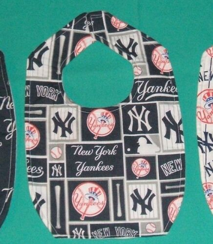 SHIPPING DISCOUNTS New BABY CHILD BIB NEW YORK YANKEES  MLB BASEBALL TEAM