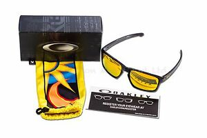 5a342208dbc41 Image is loading OAKLEY-Silver-Valentino-Rossi-VR46-Signature-Sunglasses -Polished-