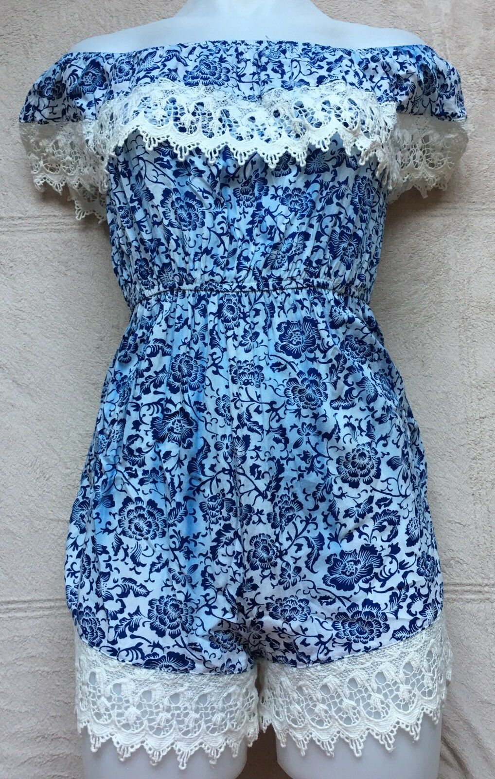 Rumor Lace Off the Shoulder Shorts Romper, Jumper, Sz 6, bluee & White Floral NEW
