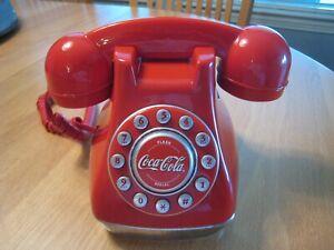 Coca Cola Coke Snow Dome Phone - Working condition