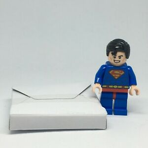 LEGO SUPER HEROES  10724 SUPERMAN RED EYES  BRAND NEW