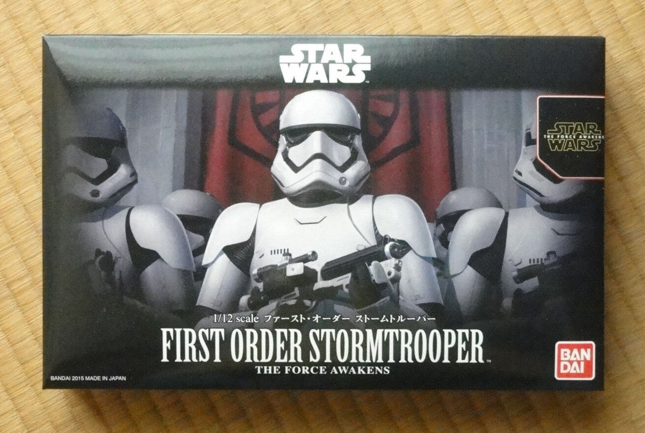 First Order Stormtrooper - Star Wars 1 12 Plastic Model by Bandai