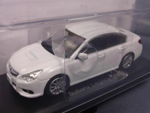 Subaru Legacy 2010 White 1//43 Scale Box Mini Car Display Diecast vol 260