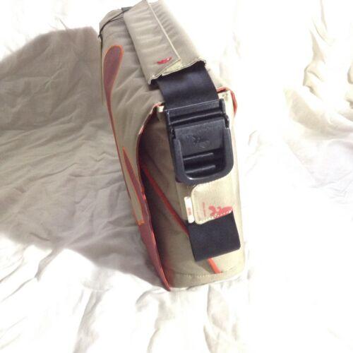 5ab4e6b05750 ... Funky laptop messenger bag iMac Microsoft Samsung designed in Belgium  bnwt