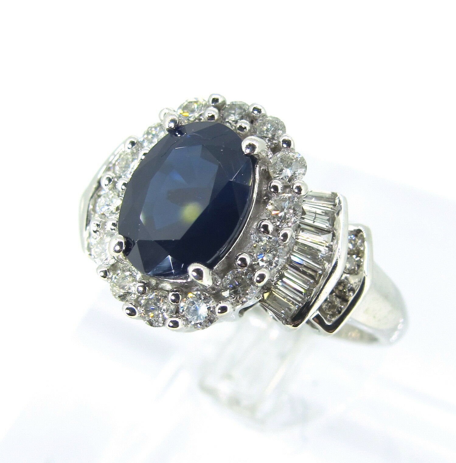 f29bb837e3bd7 59 gold White Natural SAPPHIRE ct 2 ct 14k Ring Baguette & Round ...