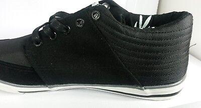 Panel De Gamuza TWISTED FAITH-Zapatos De Cordones en Negro-Ahora £ 12