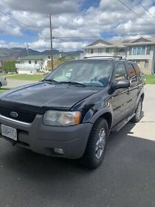 2002 Ford Escape XLT $4,500 OBO