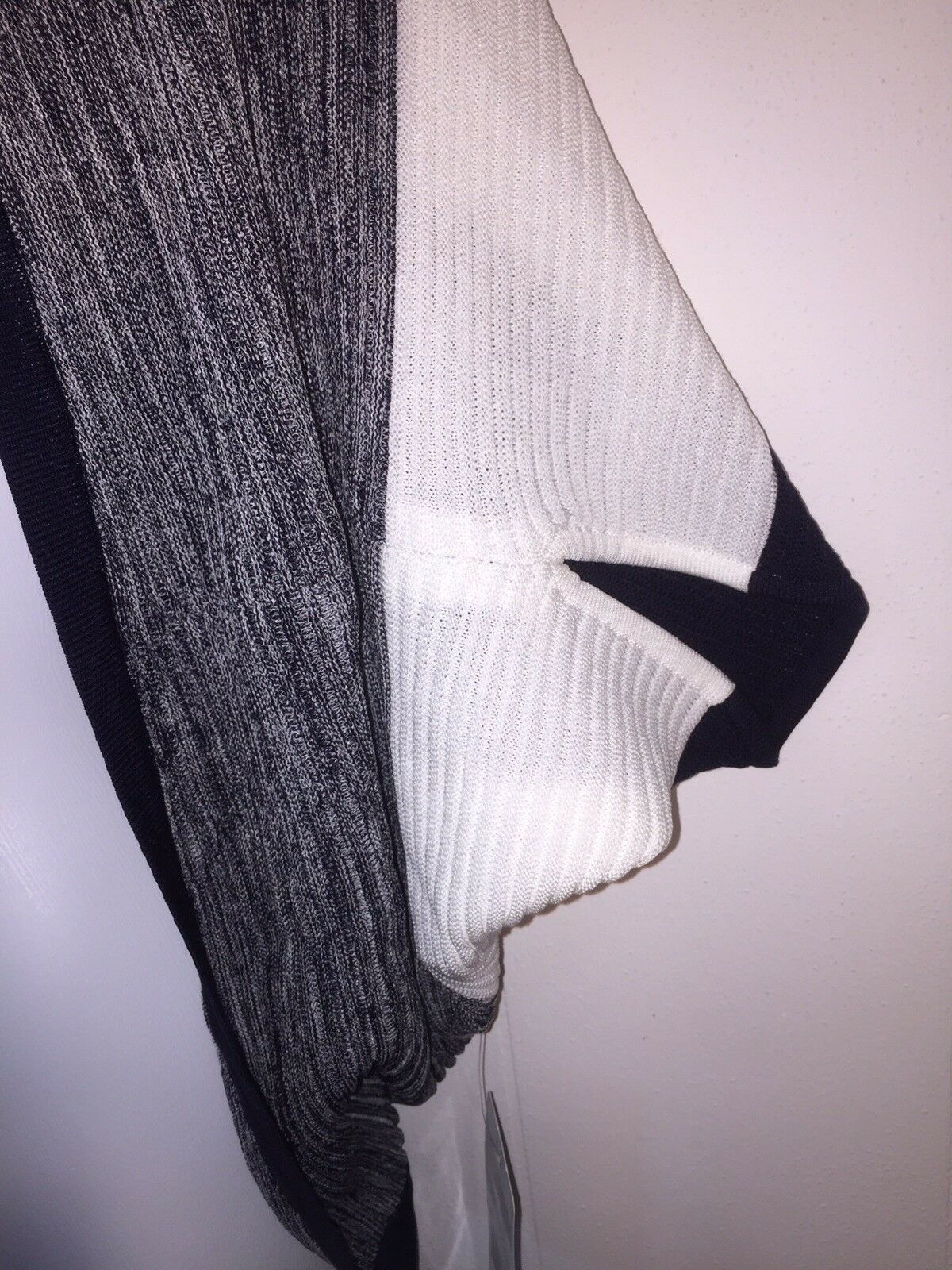 348 EXCLUSIVELY MISOOK Navy & White Striped Unique Cardigan Cardigan Cardigan Sweater NWT S cc28dc