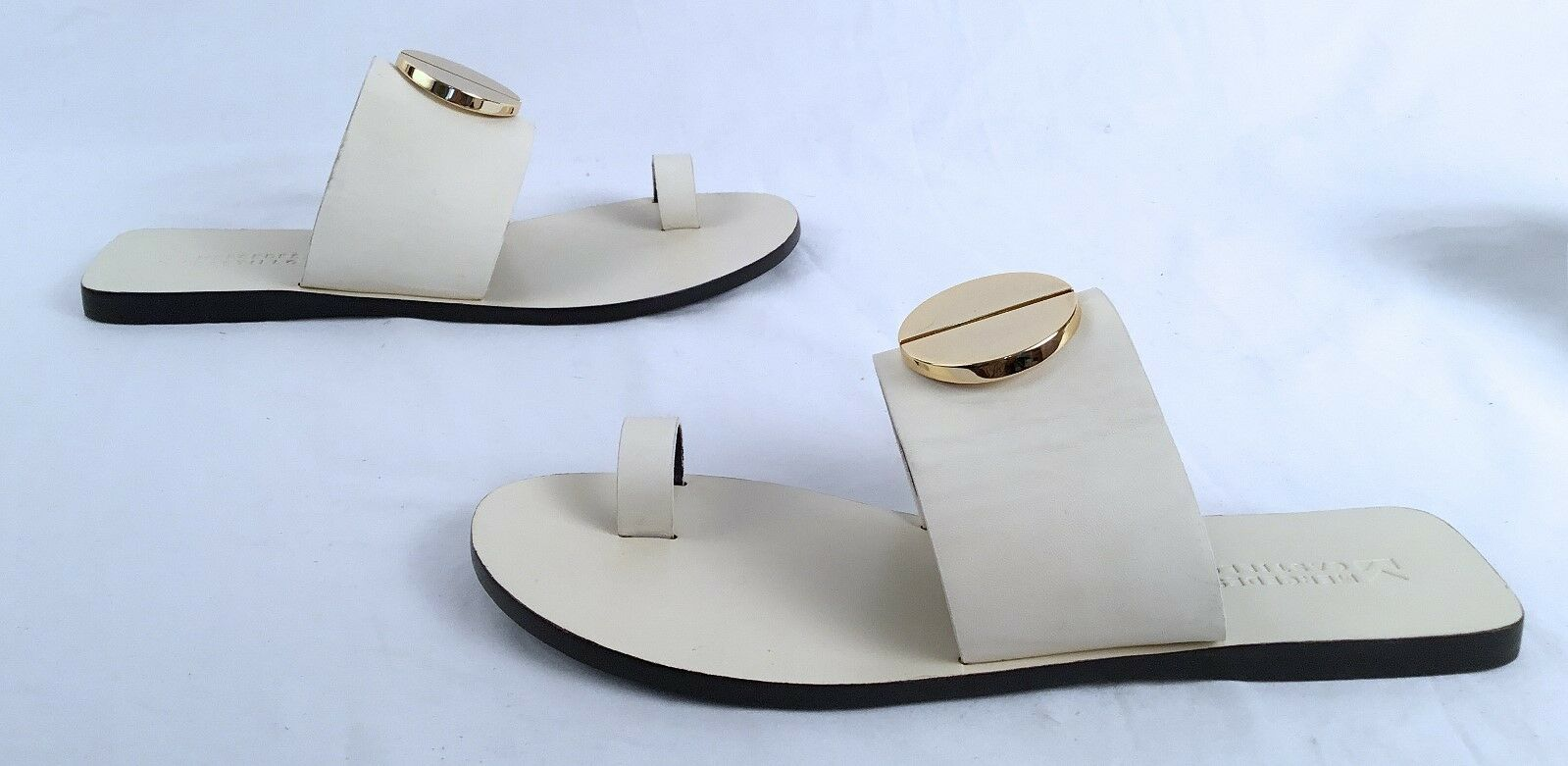 NEW   Mercedes Castillo 'Fallon' Toe Loop Sandal - Size US 9.5  (J2)