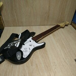 Guitar Hero Rockband Fender Stratocaster Model NWGTS2 NO DONGLE ONLY GUITAR