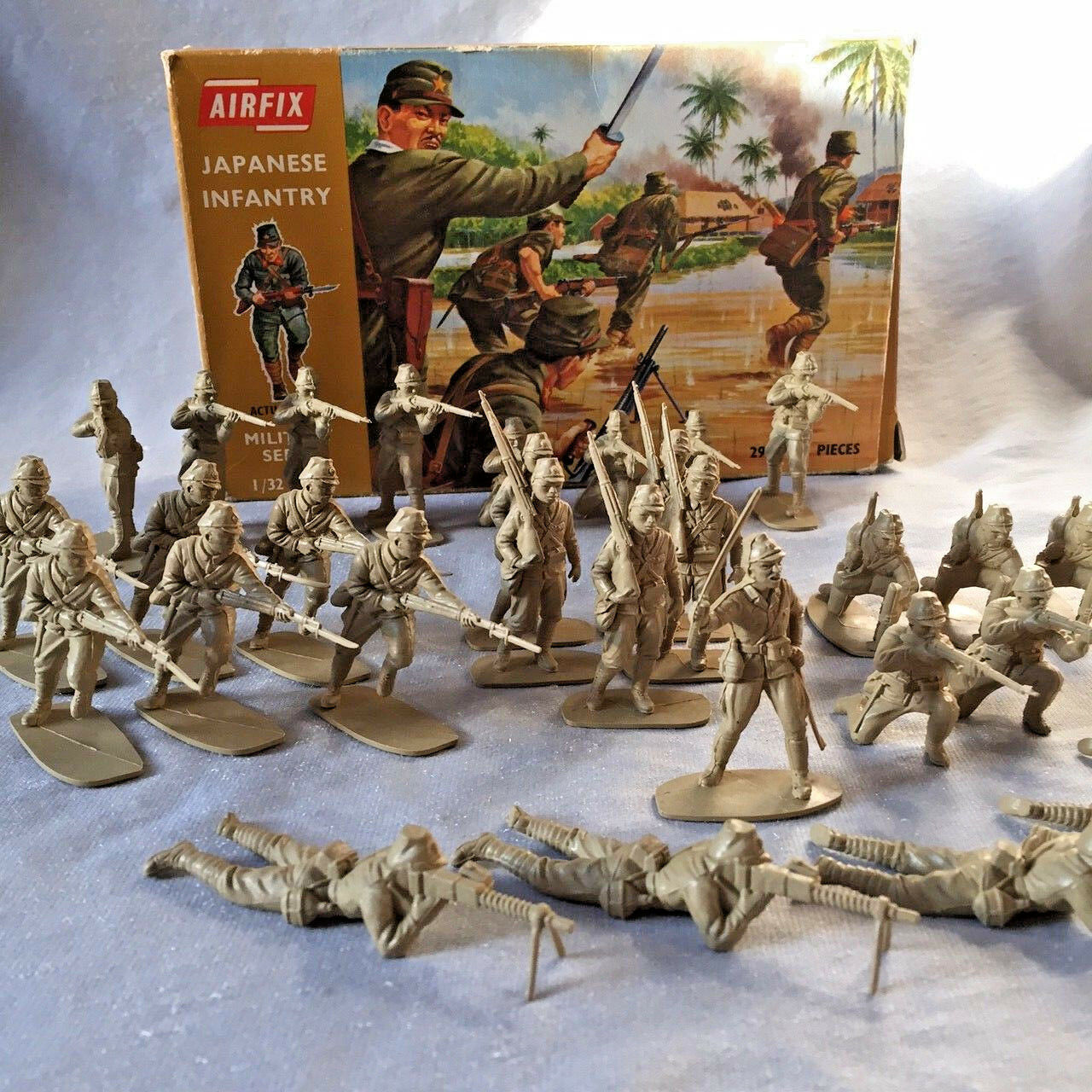 Excellent Vintage Airfix 1 32 Scale WW2 JAPANESE INFANTRY. Early 1970's