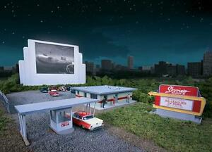 Walthers-Cornerstone-Skyview-Drive-In-Movie-Kit-933-3478-HO-Scale-suit-OO-also