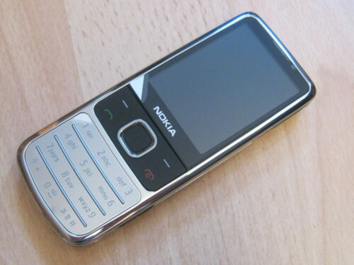 1 von 1 - Nokia 6700 classic Chrom  ohne Simlock / ohne Branding  topp !!!