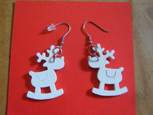 Ohrring aus Holz mit weißem Elch Schauckel Elch Weihnachten süsss Hingucker 86