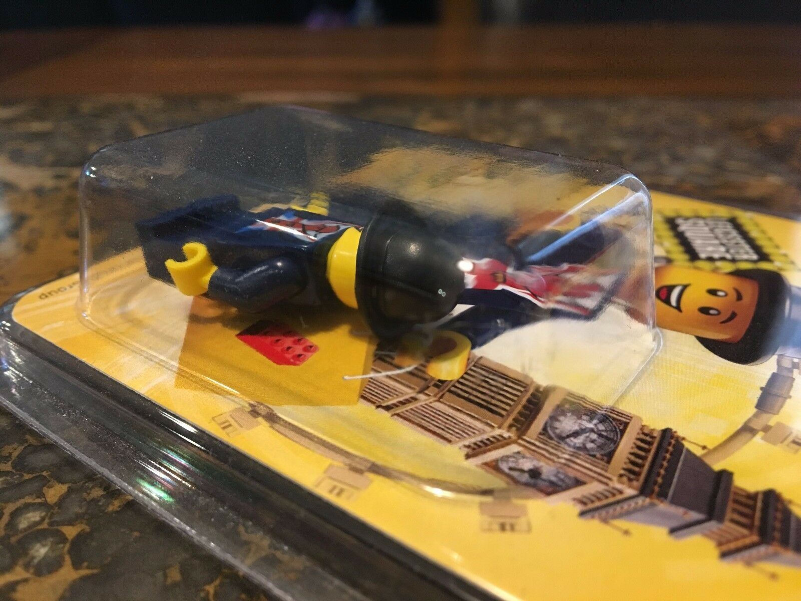 LEGO LESTER LEICESTER SQUARE AFA 9.0 RARER THAN MR. MR. MR. gold 174 275 EXTREMELY RARE  ae8db8