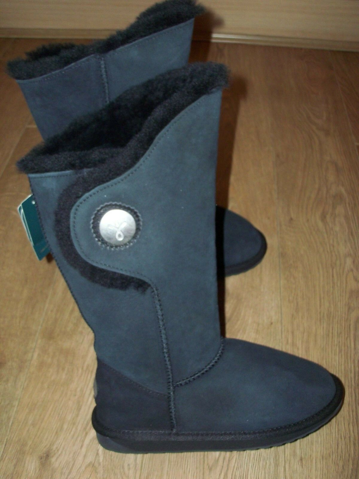 NEW EMU HAKEA HI  of Stiefel Australian Sheepskin Choice of  Colour / Größe 25e601