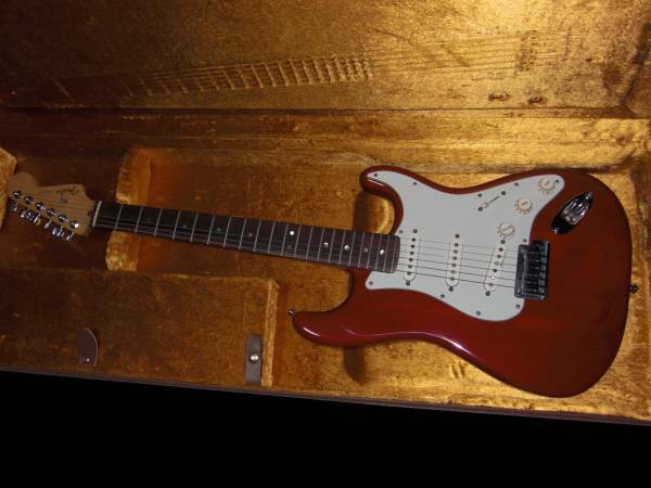 Fender USA AMERICAN DELUXE STRATOCASTER beutiful JAPAN rare useful EMS F S