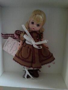 "Madame alexander 8"" doll grandma's girl /Shirley's dollhouse /blonde w/book"