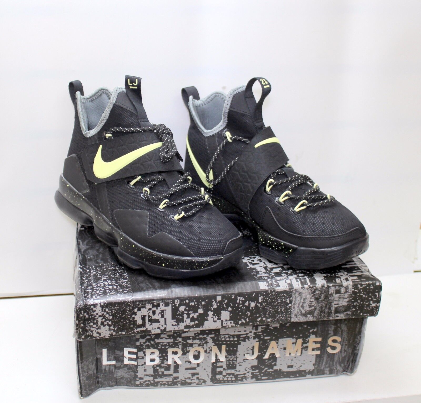 Nike Men's Lebron XIV EP Black  Men's Nike Basketball Shoes  921084-030 73d688