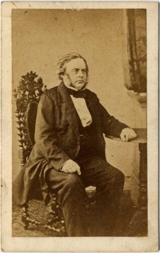 CIVIL WAR ERA CDV OF IMPORTANT LOOKING GENTLEMAN