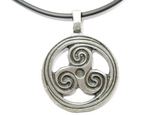Celtic Triskele Pewter Irish Tribal Wheel Charm Pendant /& Pvc Choker Necklace