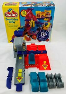 1997 Play Doh Demolition Derby Complete in Great Condition FREE SHIPPING