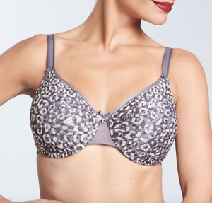 2a97c7a8f7fe2 Image is loading Chantelle-C-Magnifique-Seamless-Unlined-Minimizer-Bra -Animal-