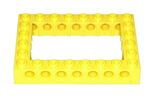 Manca il mattoncino LEGO 32532 Yellow Technic Brick 6 x 8 con centro aperto 4 x 6