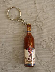 TOYOTA Glas Schlüsselanhänger Keychain A8.1