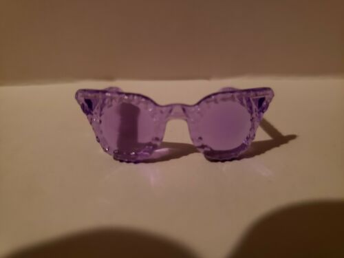NEW BARBIE DOLL LIGHT PURPLE Cat eyes SUNGLASSES DOLL ACCESSORY